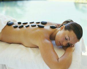 Стоунтерапия и ее применение как точечный массаж для похудения