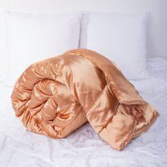 Одеяло. Получение атласного одеяла для роскошного и спокойного сна