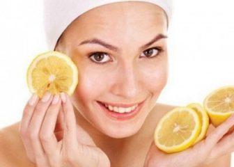 девушка и лимон